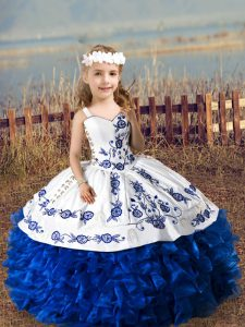 Nice Sleeveless Organza Floor Length Lace Up Little Girl Pageant Gowns in Royal Blue with Embroidery and Ruffles