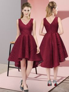 Attractive Burgundy A-line V-neck Sleeveless Lace High Low Zipper Lace Dama Dress for Quinceanera