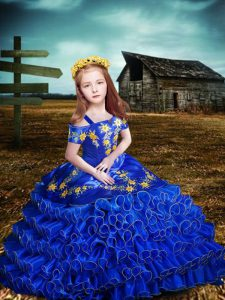 Glamorous Short Sleeves Organza Floor Length Lace Up Kids Formal Wear in Royal Blue with Embroidery and Ruffled Layers