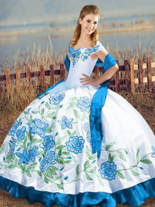Delicate Blue And White Ball Gowns Embroidery 15 Quinceanera Dress Lace Up Satin Sleeveless Floor Length