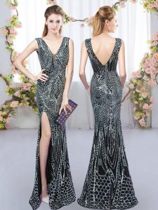 Designer Black Sleeveless Floor Length Sequins Backless Dama Dress for Quinceanera