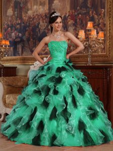 Ruched Beaded Sweetheart Green and Black Organza Quinceanera Drees with Ruffles