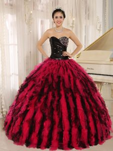 Ruched Beaded Sweetheart Black and Wine Red Organza Ruffled Quinceanera Dresses