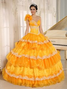 Bright Yellow One-shoulder Layered Quinceanera Dresses with Appliques and Flowers