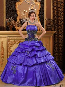 Spaghetti Purple Taffeta Special Quinceanera Gown Dress with Appliques