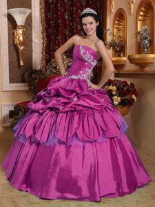 Fuchsia Strapless Appliqued Quinceanera Dresses with Pick Ups in Taffeta
