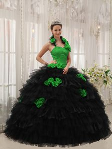 New Style Halter Top Green and Black Quinceanera Gowns with Hand Flowers