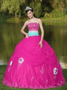 Strapless Hot Pink Tulle Quinceanera Dress with Hand Flower and Beading