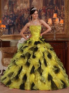 Yellow and Black Strapless Organza Quinceanera Dresses with Ruffled Layers