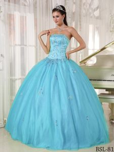 Dramatic Strapless Taffeta and Tulle Appliqued Quinceanera Dress in Blue