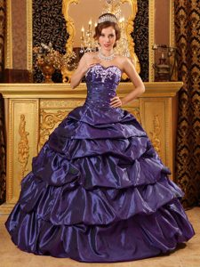 Fashionable Sweetheart Taffeta Purple Quinceanera Dress with Appliques