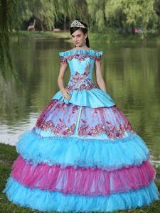 Exclusive Off the Shoulder Appliques Layers Quinceanera Dress for 2014 in Fall