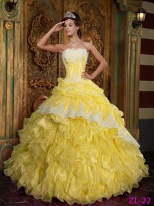 Yellow Strapless Organza Quinceanera Dresses with Ruffled layers for Cheap
