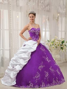 Cheap Sweetheart Quinceanera Gown Dress in Purple and White