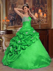 Beaded Taffeta Cheap Sweetheart Quinceaneras Dresses in Green