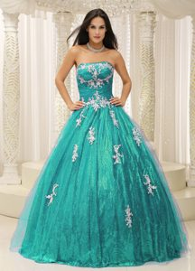 Wonderful A-line Tulle Quince Dress with Appliques and Paillette Over Skirt