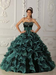 Wholesale Price Sweetheart Organza Quince Dresses with Beading in Blue