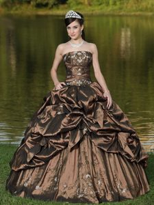 New Beading Decorated Brown Strapless Quinceanera Dress for Custom Made