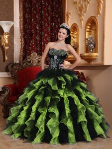Cheap Exclusive Sweetheart Organza Beaded and Ruffled Sweet 16 Dresses
