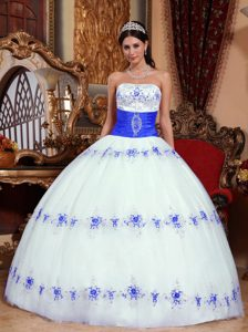 Clearance White and Blue Ball Gown Strapless Quinceaneras Dress with Appliques