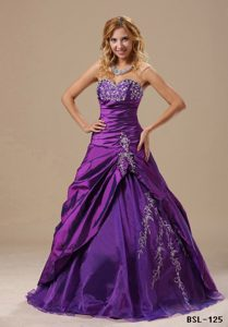 2013 Vintage Beading Sweetheart Appliques Sweet Sixteen Dresses in Purple