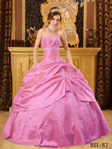 Discount Strapless Taffeta Beading Pink Appliques Quinceanera Gown Dress