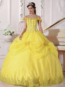 Yellow Taffeta and Organza Quince Dress with Appliques and Handle Flower