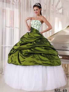 Elegant Embroidered White and Olive Green Long Dresses for Quince