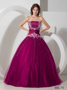 Taffeta and Tulle Appliques and Beaded Strapless Quince Dresses in Fuchsia