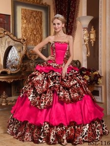 Pick-ups Coral Red Strapless Quinceanera Gowns in Taffeta and Leopard