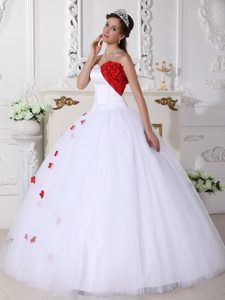 White Sweetheart Ball Gown Tulle Quinceanera Dress with Red Floral Appliques on Sale