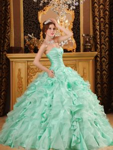 Ruched Sweetheart Light Green Organza Quinceanera Dresses with Beading and Ruffles