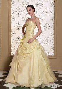 Beaded Sweetheart Light Yellow Taffeta Quinceanera Dress with Pick-ups and Flower
