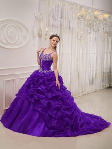 Spaghetti Straps Brush Train Purple Quinceanera Dresses with Ruffles and Appliques