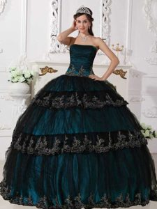 Navy Blue Strapless Floor-length Tulle Quinceanera Dress with Layers and Appliques