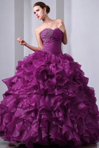 Eggplant Purple Beaded Organza Exquisite Sweet 15 Dresses with Ruffles