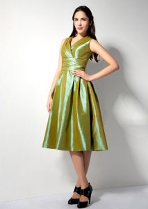 A-line V-neck Ruched Taffeta Quince Dama Dress in Olive Green on Sale