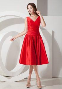 Custom Made V-neck Tea-length Taffeta Quinceanera Dama Dresses