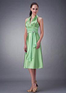 2013 Best Seller Spring Green Halter Top Beaded Damas Dress for Quince