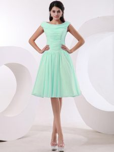Impressive Bateau Apple Green Ruched Quinceanera Damas Dress for Fall