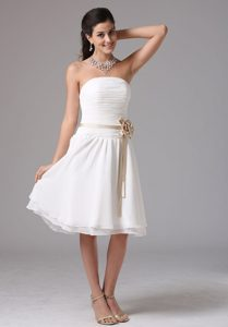 Popular Strapless Ruched White Quinceanera Damas Dresses with Sash