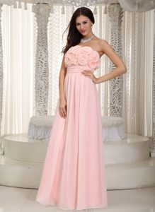 Gorgeous Baby Pink Chiffon Dama Dress for Quinceaneras with Flowers