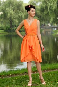 Sweet V-neck Short Chiffon Ruched Dama Dress in Orange for Summer