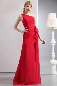 Red Column One Shoulder Chiffon Gorgeous Dress for Damas with Ruches