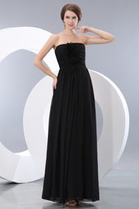 2013 Popular Black Floor-length Chiffon Dresses for Damas with Flowers