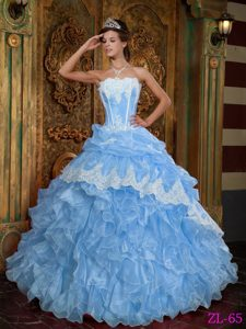 Discount Aqua Blue Ball Gown Strapless Quince Gowns with Ruffles