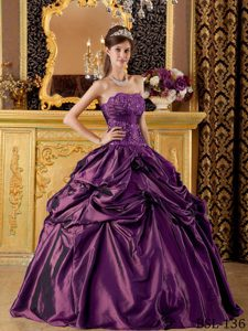 Strapless Discount Taffeta Dresses for Quinceanera in Eggplant Purple