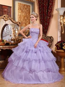Lilac Strapless Organza Quinceanera Dresses with Beading and Ruffles
