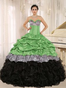 Green and Black Sweetheart Quinceanera Dress Made in Taffeta and Organza