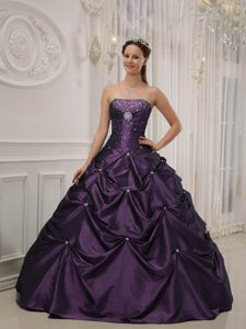 2013 Elegant Purple Ball Gown Taffeta and Satin Beaded Quinceanera Gown